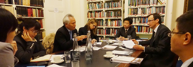 NISCSS President Wu Shicun talked with diplomatic officials and think tank scholars in UK