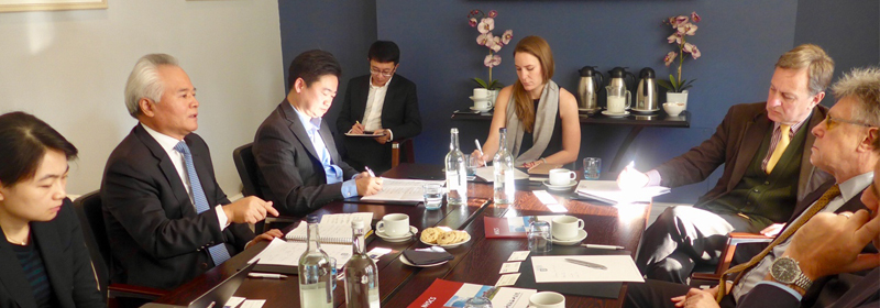 "Wu Shicun Attended ""Friends of Europe"" Round Table in Brussels"